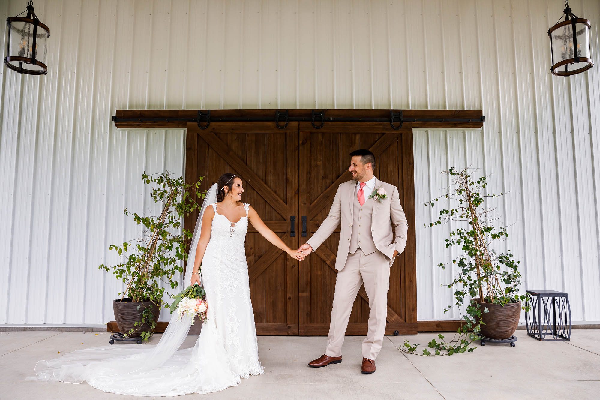 Wedding, Copyright Genevieve Nisly Photography, Rustic Ridge Wedding Barn