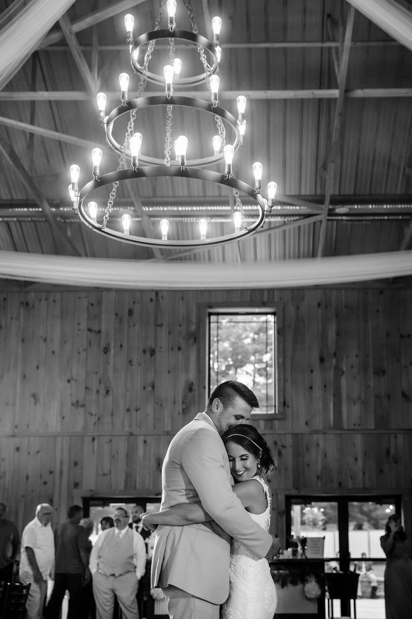 Copyright Genevieve Nisly Photography, Wedding, Rustic Ridge Wedding Barn