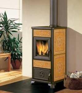 Italiana camini cheminée Dafne à bûches 7,2kW cuir