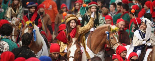Carnevale2015 Ivrea battaglia delle arance|Genitorialmente