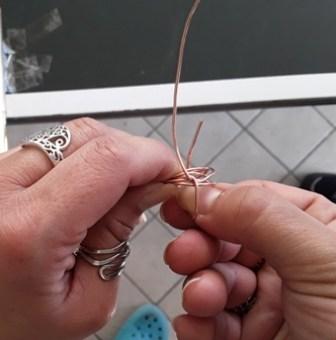 Come fare un anello con il filo di rame - idea regalo per la festa della mamma: realizziamo la struttura