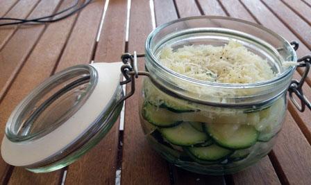 Vasocottura nel microonde: tortino formaggio e zucchine | Genitorialmente