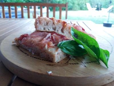 Pizza romana ad alta idratazione e a lunga lievitazione | Genitorialmente
