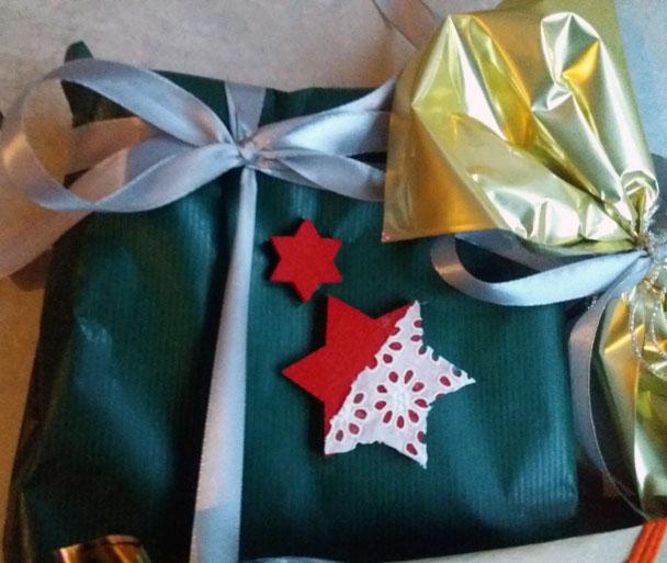 Pacchetti regalo di Natale fai da te creativi | Genitorialmente