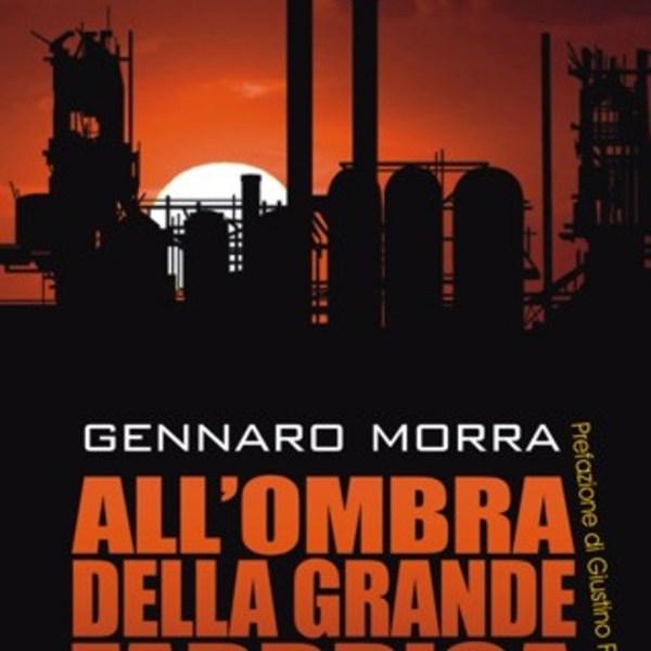 Copertina del libro All'ombra della grande fabbrica
