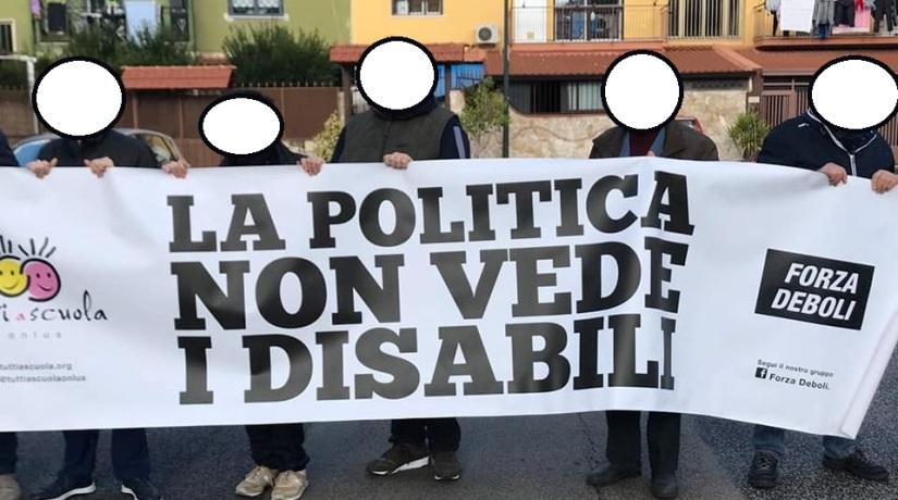 La delegazione di Tutti a scuola in attesa di Matteo Salvini