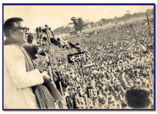 Tajuddin Ahmed - Addressing the nation after the liberation. Image courtesy Tajuddinahmed.com