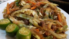 FONTI PANCIT WITH CHICKEN