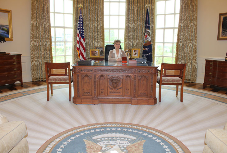oval office chair pottery barn swivel recreating the at george w bush presidential center