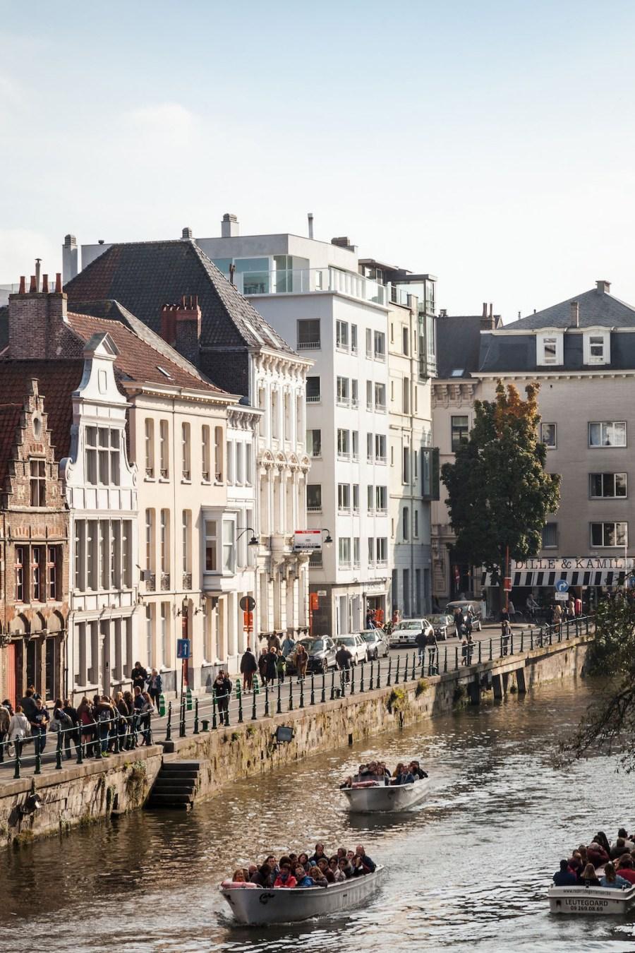OOA - Zicht op penthouse vanaf Sint-Michielsbrug