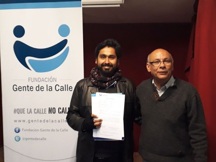 Candidatos-d9--Firma-compromiso-calle-2
