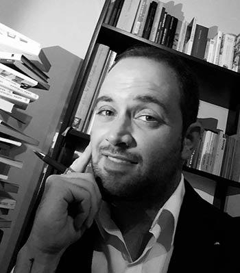 2.839. Alberto Castrelo González. 'Vacío de contenido', nuevo libro del escritor y aventurero.