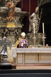 Todos los detalles del funeral en la Catedral de Sevilla (19)