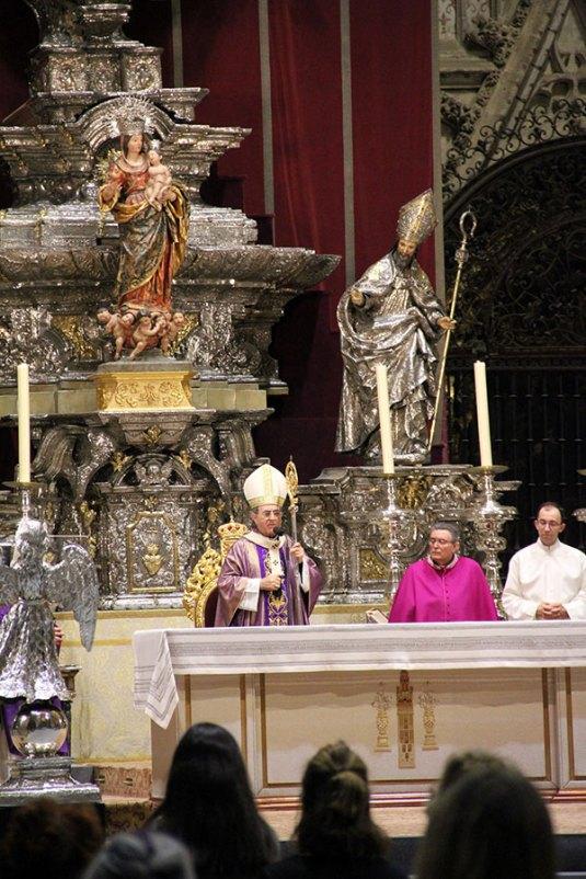 Todos los detalles del funeral en la Catedral de Sevilla (21)