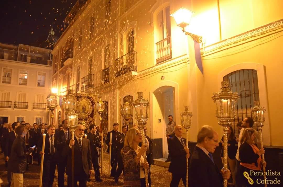 Añorando el Primer Rosario público que se realizó en la ciudad de Sevilla y en España