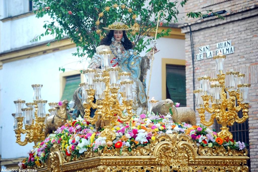 La Divina Pastora de Santa Marina recupera para su procesión un recorrido histórico