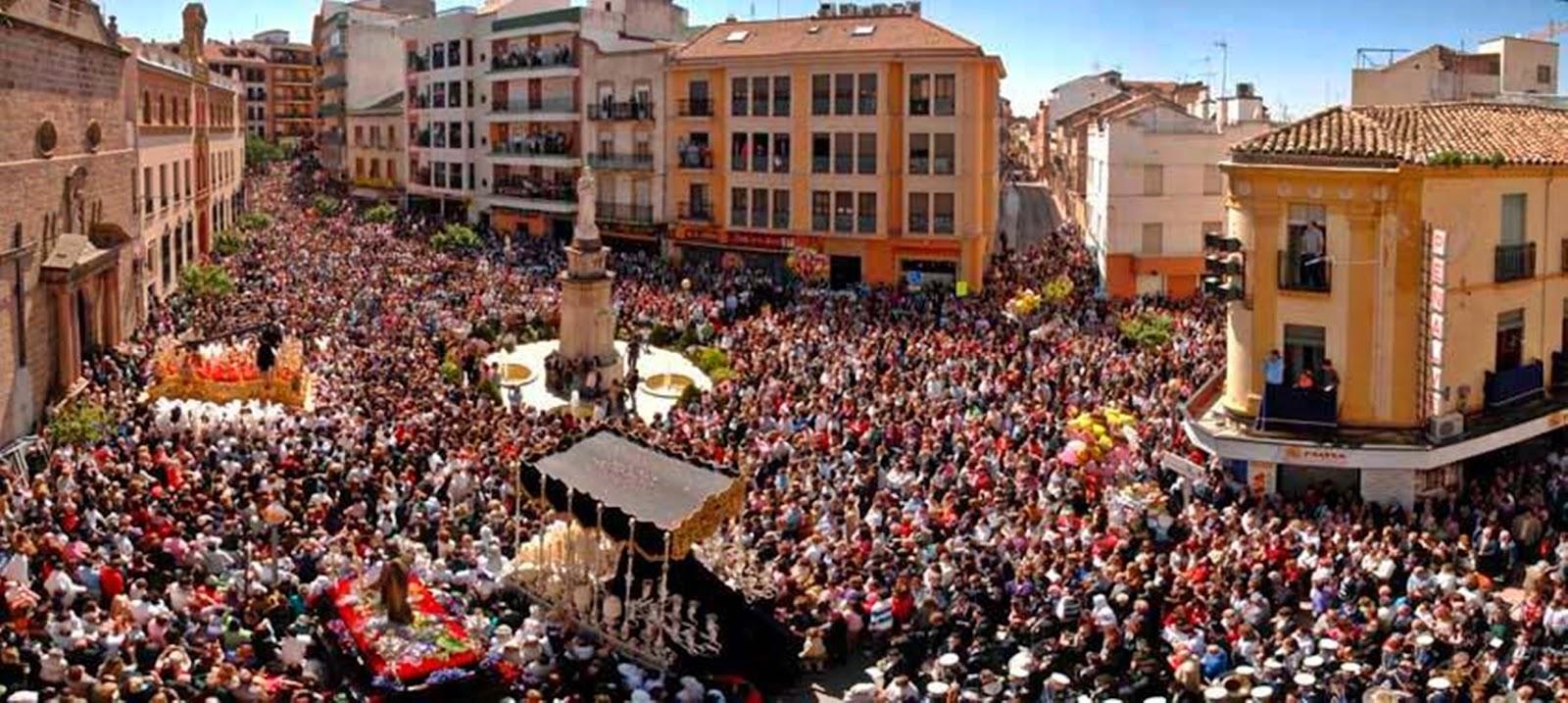 Tres candidaturas para presidir el Nazareno de Linares