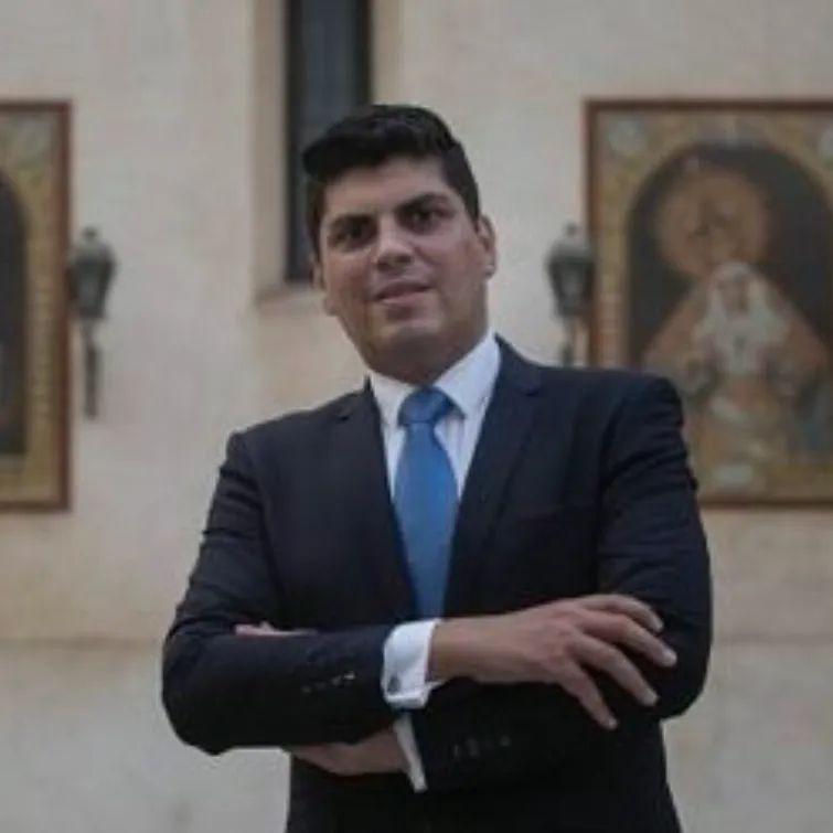 Carlos de Paz anuncia su candidatura a hermano mayor de Los Gitanos y desvela su sueño de que las calles de Triana «vean por fin pasear al Señor de la Salud y la Virgen de las Angustias»