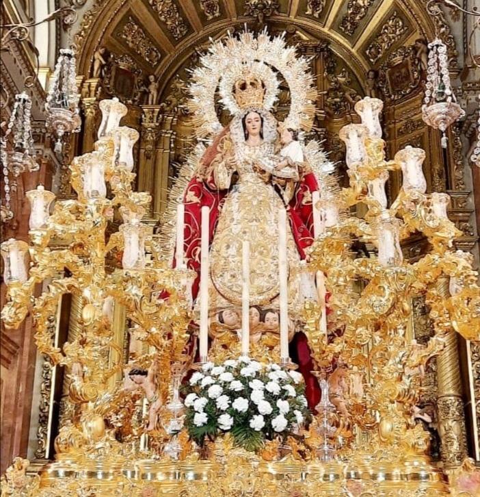 Sigue en directo la procesión de la Virgen del Rosario de la Macarena