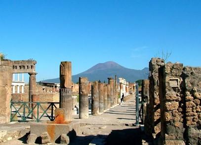 Zuchtriegel riapre Pompei
