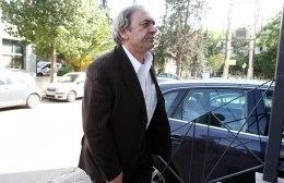 Θέλει να ολοκληρώσει άμεσα το πραξικόπημα ο Καλογιάννης