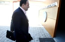 """Koυράκης:""""Δεν μπορεί να συνεχιστεί το καλαμπούρι με το αυτοδιοίκητο"""""""