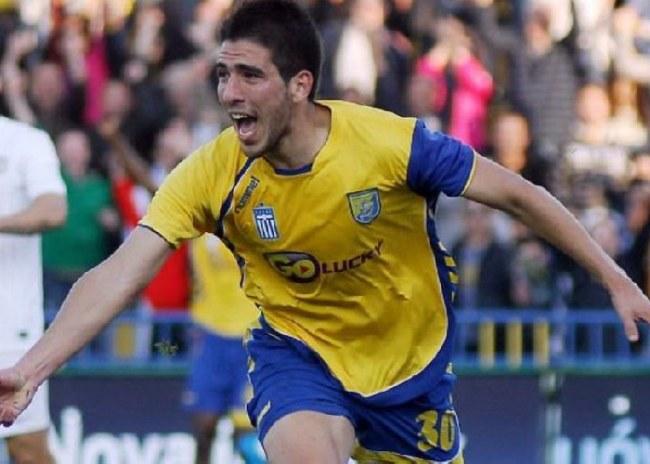 Σε άλλο γήπεδο ήταν ο Μητρόπουλος;