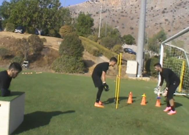 Videos / Η σκληρή προπόνηση των γκολκίπερ του ΟΦΗ