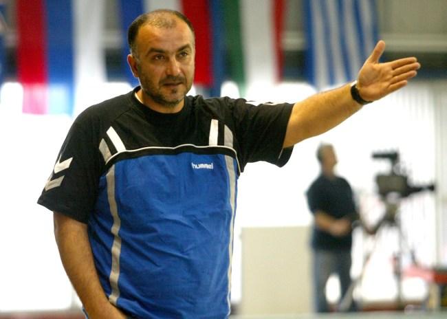 Βόμβα μεγατόνων από το πόλο του ΟΦΗ: Ανέλαβε προπονητής ο Μάκης Βολτυράκης!