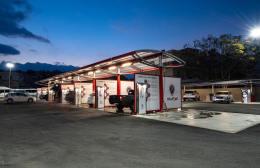 Το Point Auto Park ανοίγει επίσημα τις πύλες του