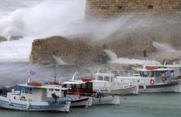Το Κεντρικό Λιμεναρχείο Ηρακλείου ενημερώνει για τους ισχυρούς ανέμους