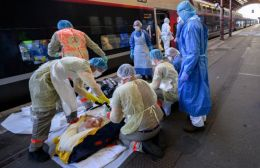 Κοροναϊός: Εντυπωσιακή μείωση στον αριθμό των θανάτων στη Βρετανία