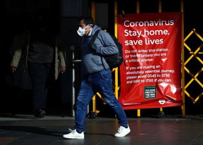 Κοροναϊός : Τουλάχιστον μέχρι τέλος Μαΐου η καραντίνα στη Βρετανία
