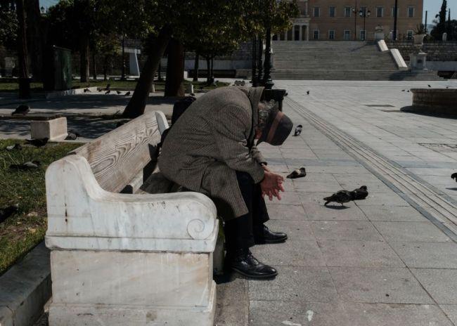 Κοροναϊός : Απίστευτες καταγγελίες – Πρόστιμα σε άστεγους για… άσκοπες μετακινήσεις
