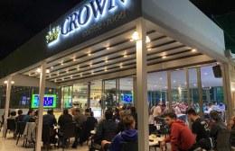 "To Champions League παίζει… μπάλα στο Καφέ ""Crown"""