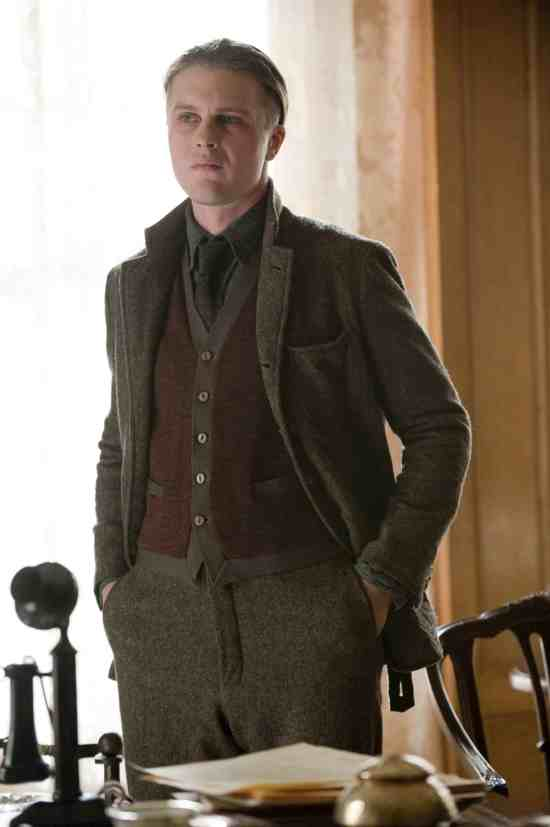 Darmody in Suit with Cardigan in Muted Dark Colors