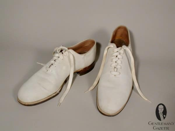 White buckskin summer shoes