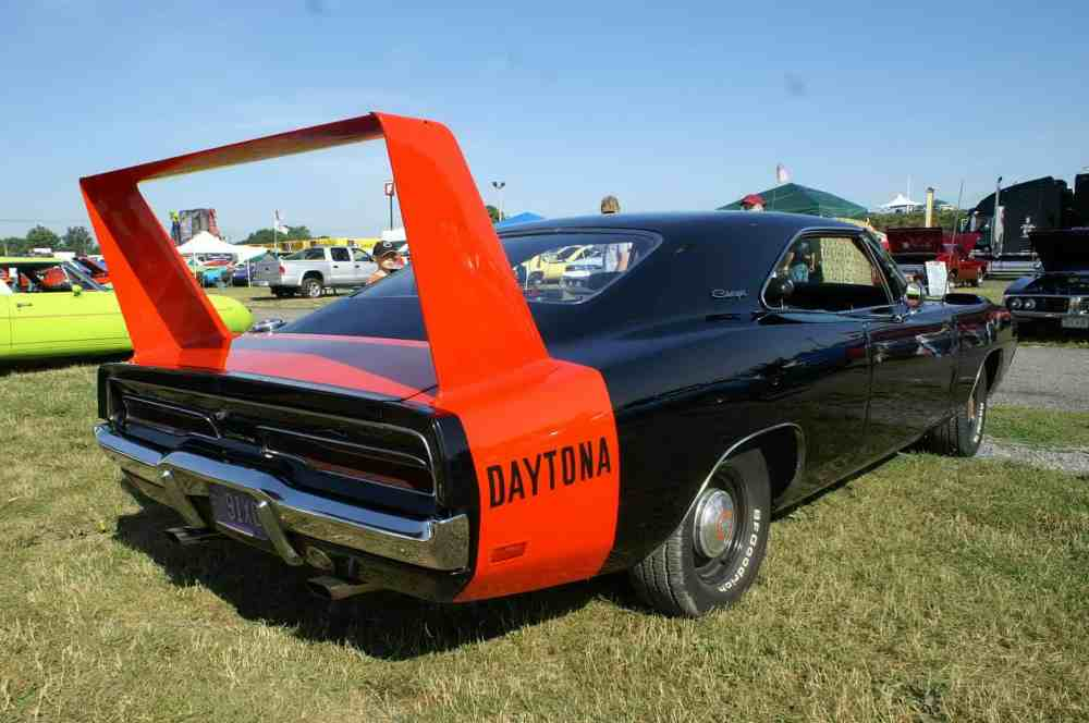 medium resolution of 1969 dodge charger daytona