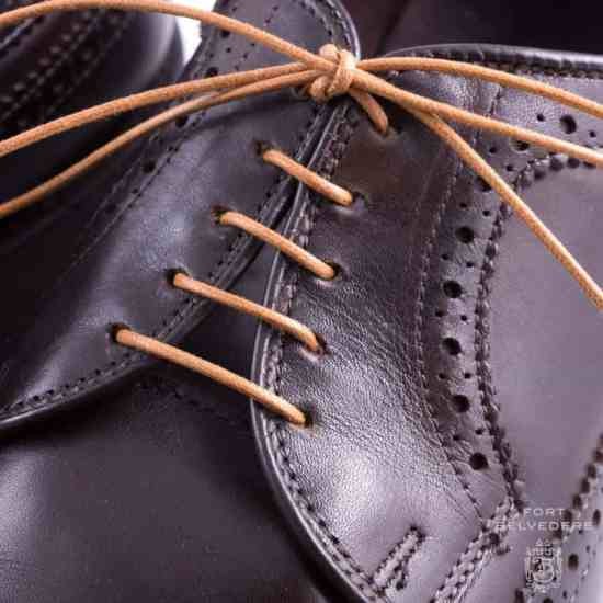 Light Brown Shoelaces Round Waxed Cotton - Made in Italy by Fort Belvedere closeup