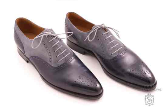 Two tone oxford with light grey shoelaces by Fort Belvedere