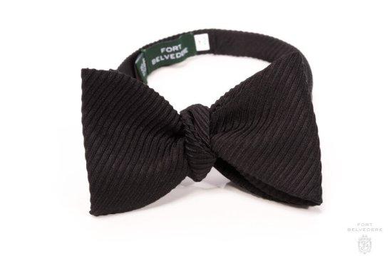 Black Bow Tie in Silk Wide Rib Grosgrain Sized Butterfly - Fort Belvedere
