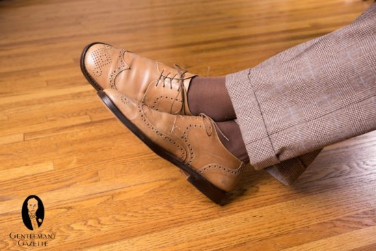 tan derby shoes with Mid Brown Socks with Green and Cream Clocks by fort belvedere with glen plaid trousers