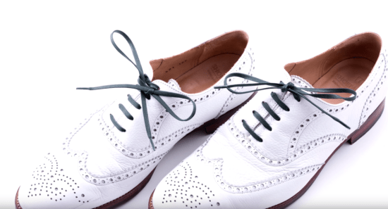 White buckskin oxford shoes with Fort Belvedere Colored Shoelaces