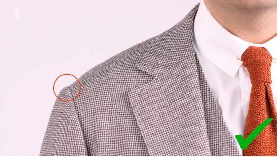 Proper shoulder width of a jacket