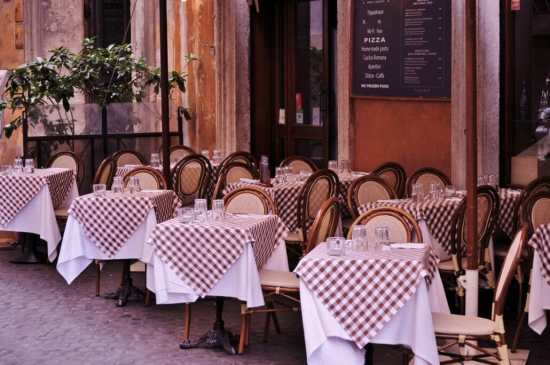 A recognizable form of gingham is the classic Italian restaurant tablecloth.