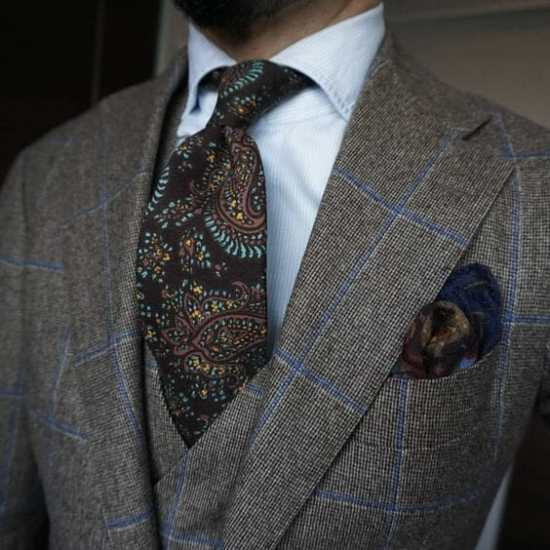 Even with a patterned jacket, it's possible to wear a patterned tie.