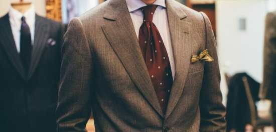 "The left lapel line is often ""broken"" if the pockets on that side of the jacket are filled."