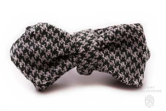 Houndstooth Silk Bourette Bow Tie Dark Green Pearl Grey - Fort Belvedere