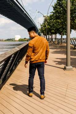 Bomber Jacket Outfit Inspo 10
