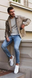 white-sneakers-with-jeans-outfit-10